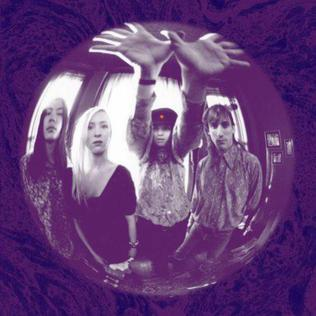Gish Deluxe Reissue by The Smashing Pumpkins album cover